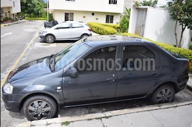 Foto venta Carro usado Renault Logan 1.4L Familier Ac (2015) color Gris precio $22.000.000