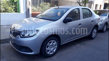 Renault Logan 1.6 Authentique Pack I usado (2015) color Gris Estrella precio $360.000