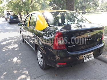 Renault Logan 1.6 Authentique Pack II usado (2013) color Negro precio $320.000