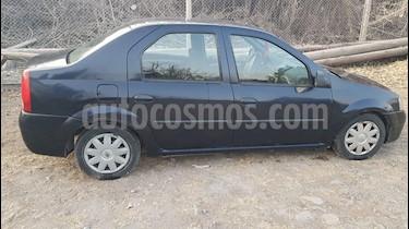 Foto Renault Logan 1.6 Base usado (2010) color Azul precio $135.000