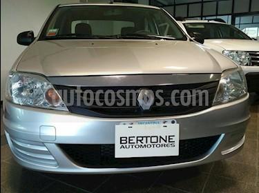 Foto venta Auto usado Renault Logan 1.6 Expresion Pack II (2012) color Gris Claro