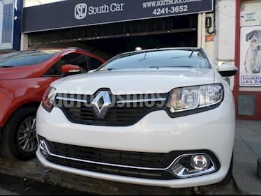 foto Renault Logan 1.6 Privilege usado (2019) color Blanco precio $780.000