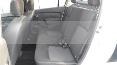Foto venta Auto usado Renault Logan 4p Zen L4/1.6 Man (2018) color Blanco precio $170,000