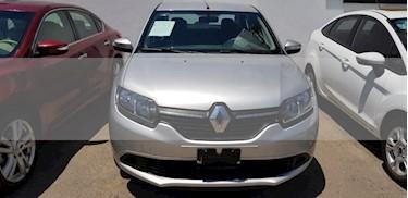 Foto venta Auto usado Renault Logan 4p Zen L4/1.6 Man (2018) color Plata precio $165,000
