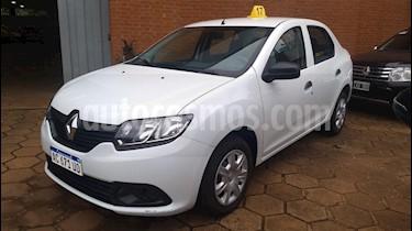 Renault Logan - usado (2018) color Blanco precio $620.000