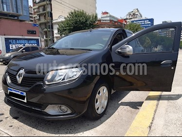Renault Logan 1.6 Authentique usado (2017) color Negro Nacre precio $440.000