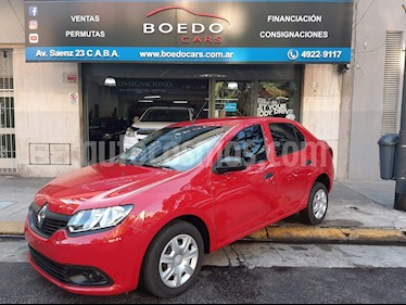 Foto Renault Logan - usado (2018) color Rojo precio $489.900