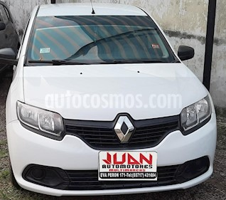Renault Logan 1.6 Authentique usado (2016) color Blanco precio $450.000