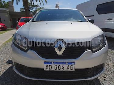 Renault Logan - usado (2017) color Gris precio $468.000