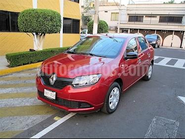 Foto venta Auto Seminuevo Renault Logan Authentique (2016) color Rojo precio $109,900