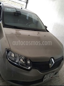 Renault Logan Authentique usado (2017) color Bronce precio $125,000