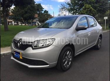 Renault Logan Expression usado (2017) color Plata precio $29.900.000