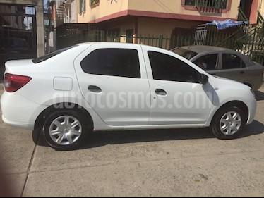 Renault Logan Life  usado (2018) color Blanco precio $30.000.000