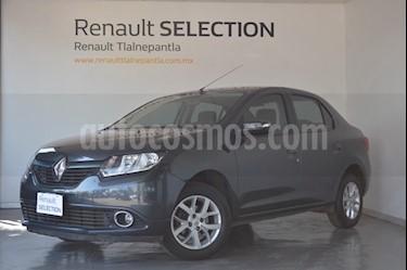 Foto venta Auto usado Renault Logan Dynamique (2017) color Gris Cometa precio $170,000