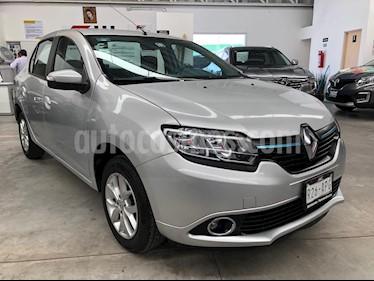 Foto venta Auto usado Renault Logan Dynamique (2017) color Plata precio $159,000