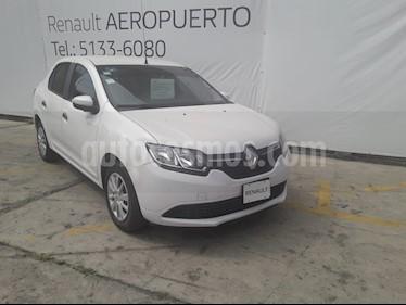 foto Renault Logan Expression usado (2016) color Blanco precio $137,000