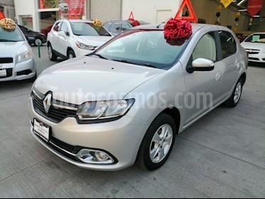 Renault Logan Expression usado (2015) color Plata precio $130,000