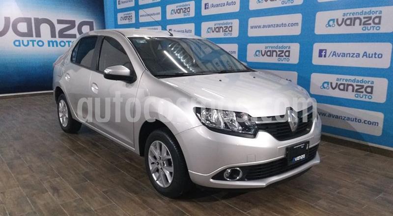 Renault Logan Intens usado (2018) color Plata Dorado precio $180,000