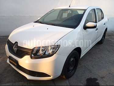 Renault Logan Expression Aut usado (2016) color Blanco Glaciar precio $134,200