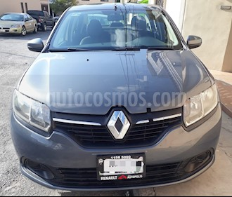 Renault Logan Expression usado (2015) color Gris precio $120,000