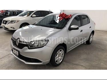 Renault Logan Expression usado (2017) color Gris Estrella precio $135,000