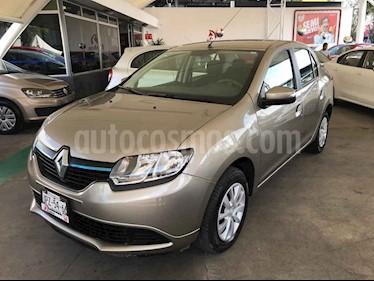 Foto Renault Logan Zen usado (2019) color Dorado precio $169,000
