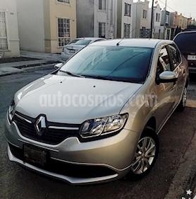 Foto Renault Logan Zen Aut usado (2018) color Plata precio $155,000