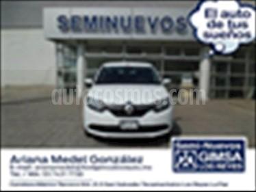 Foto Renault Logan ZEN TM usado (2018) color Blanco precio $147,000