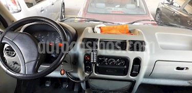 Foto Renault Master Furgon Medio 2.5 TD Confort usado (2008) color Blanco precio $400.000
