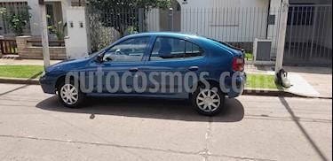 Foto venta Auto usado Renault Megane II 1.6 Luxe (2000) color Azul precio $100.000