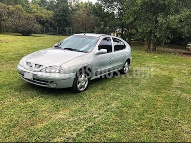 Foto venta Auto usado Renault Megane II Tric 1.6 Expression (2005) color Gris precio $140.000