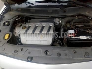 Renault Megane ll Hatchback 2.0L Dynamique usado (2005) color Gris precio $14.000.000