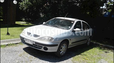 Foto venta Auto usado Renault Megane ll Sedan 1.6 Expression AA  (2005) color Gris precio $2.400.000