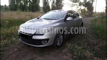 Foto Renault Megane lll 1.6L Expression usado (2014) color Gris Platino precio $5.150.000
