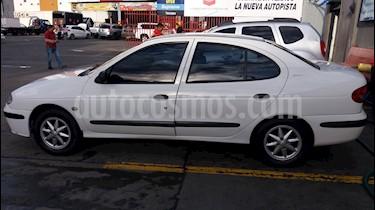 Foto Renault Megane 14 usado (2003) color Blanco precio $14.000.000