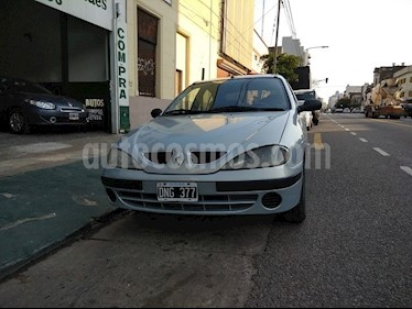 Foto venta Auto usado Renault Megane Bic 1.6 RN Pack (2000) color Gris precio $165.000