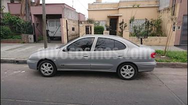Foto venta Auto usado Renault Megane Tric 1.6 Fairway (2008) color Gris precio $145.000