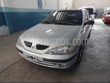 Foto venta Auto usado Renault Megane Tric 1.6 Pack GNC (2005) color Verde Oscuro precio $145.000