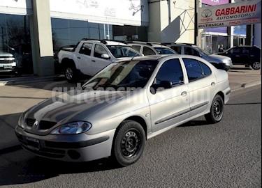 Foto venta Auto usado Renault Megane Tric 1.6 Pack GNC (2007) color Dorado precio $170.000