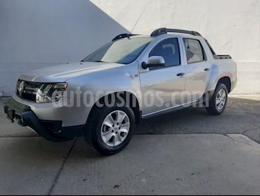 Foto Renault Oroch Zen usado (2019) color Plata precio $250,000