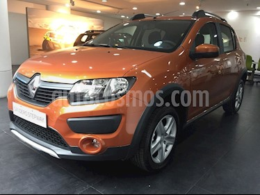 foto Renault Sandero Stepway 1.6 Dynamique nuevo color Blanco Glaciar precio $728.000