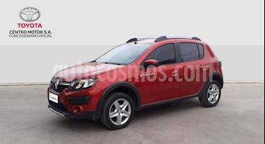 Renault Sandero Stepway 1.6 Expression usado (2018) color Rojo precio $550.000