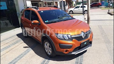 Foto venta Auto usado Renault Sandero Stepway 1.6L Privilege NAV (2015) color Naranja precio $465.000