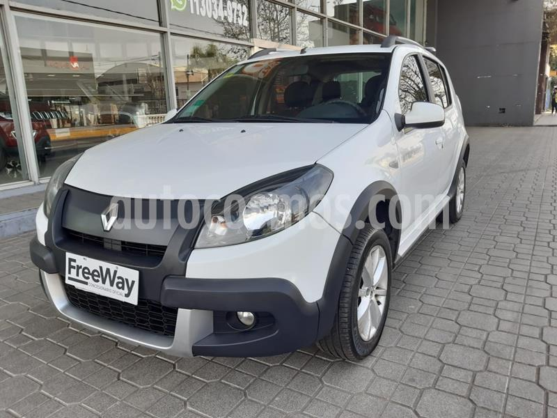 Renault Sandero Stepway 1.6 Privilege NAV usado (2014) color Blanco precio $860.000