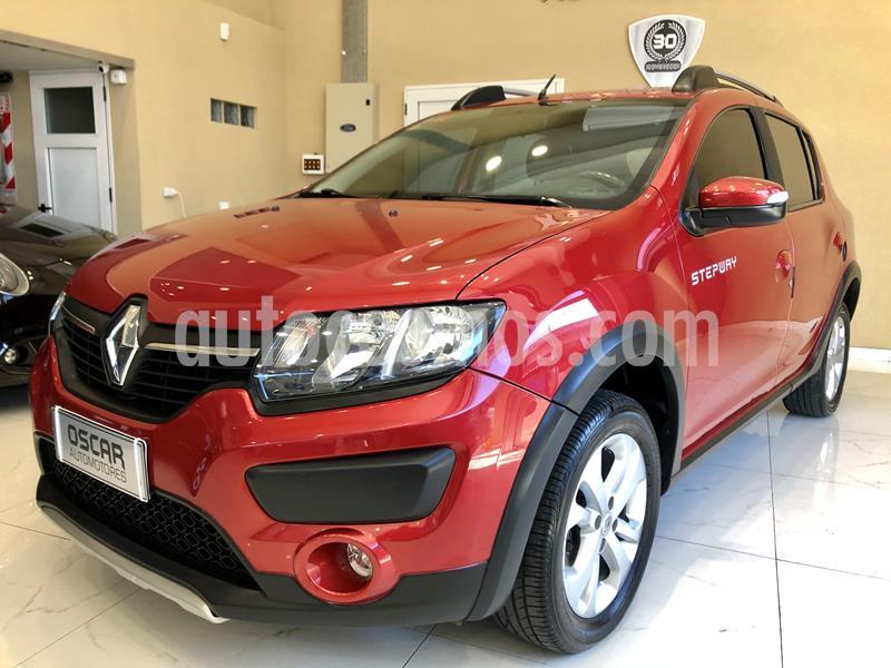 Renault Sandero Stepway 1.6 Privilege NAV usado (2016) color Rojo Fuego precio $849.000