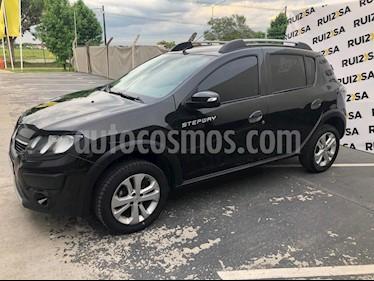 Renault Sandero Stepway 1.6 Privilege usado (2017) color Negro precio $725.000