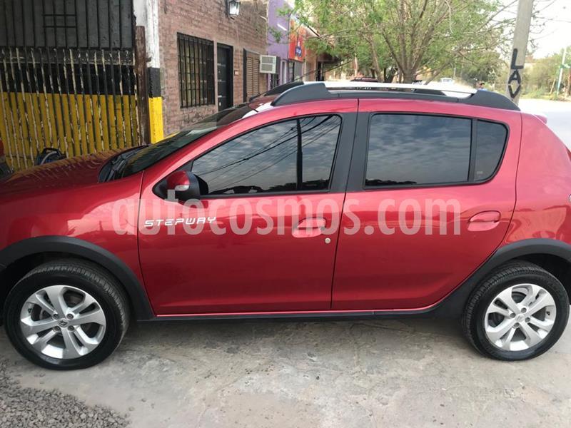 Renault Sandero Stepway 1.6 Privilege usado (2018) color Rojo precio $1.090.000