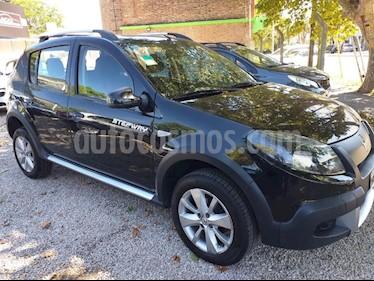 Renault Sandero Stepway 1.6 Privilege usado (2013) color Negro precio $530.000