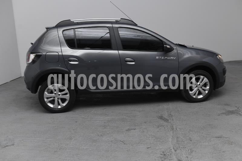 Renault Sandero Stepway 1.6 Privilege usado (2016) color Gris Oscuro precio $890.000