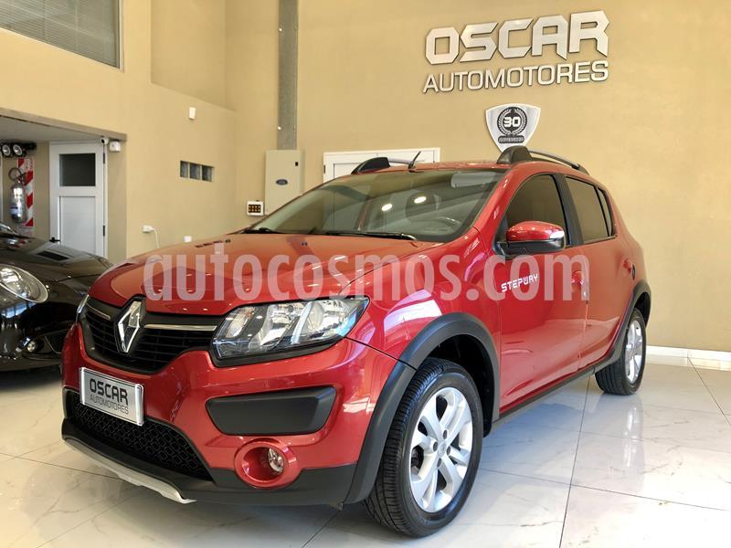 Renault Sandero Stepway 1.6 Privilege NAV usado (2016) color Rojo Fuego precio $939.000